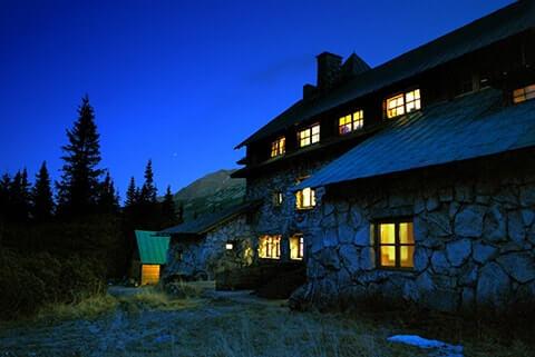 secme hikayeler karanlık ev